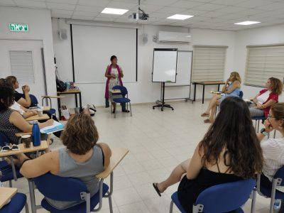 קורס הנחיית קבוצות בשילוב מיניות ויצירה